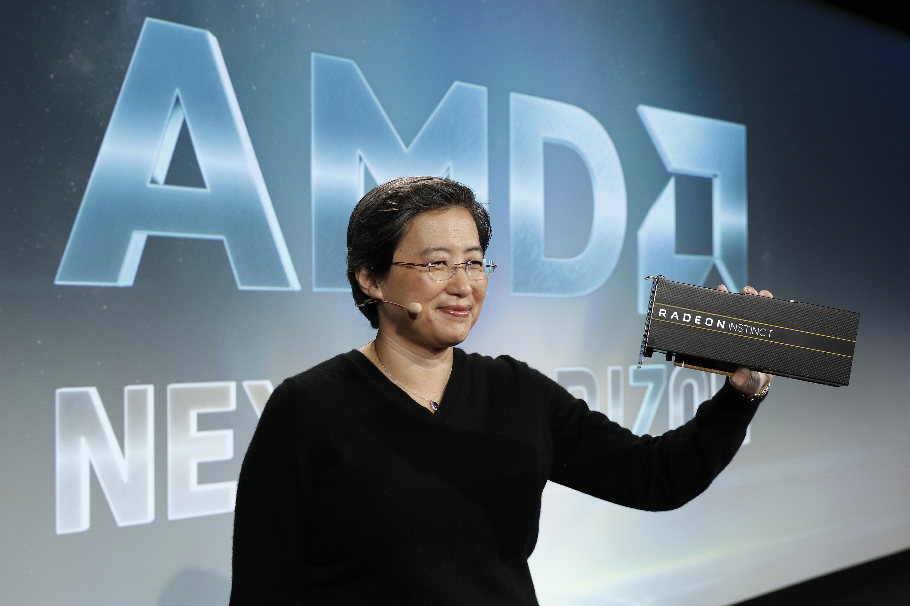 AMD Unveils World's First 7nm Datacenter GPUs - Powering the